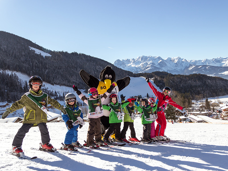 Kinder-Club (Kids' Club) with every possible practice slopes and lifts in a central location.