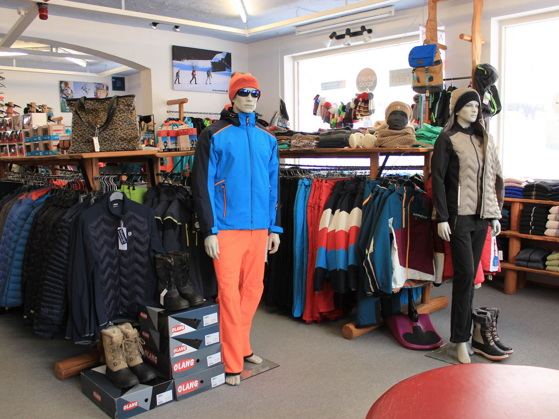 Ski clothing, winter shoes, cross-country ski clothing, hiking clothes, swimwear and more